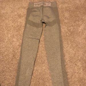 Gymshark Flex leggings - khaki, size medium